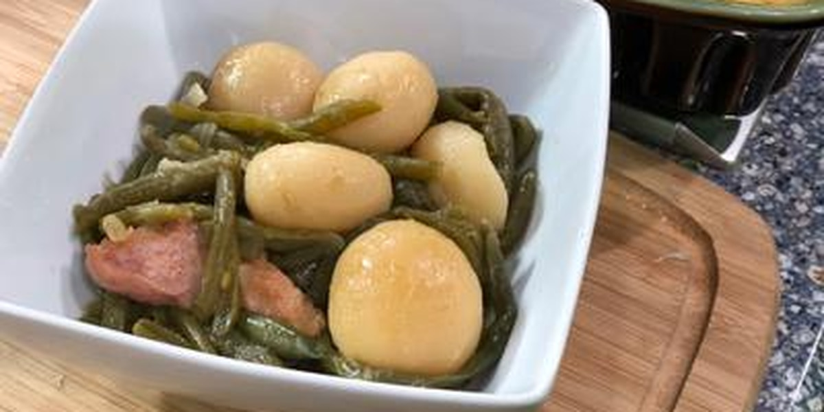 East Texas Kitchen Live Thanksgiving edition - Green Beans with New Potatoes