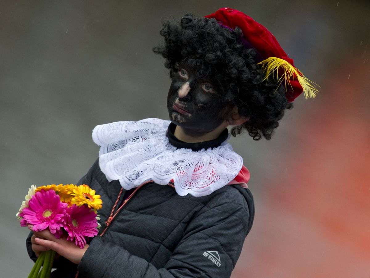 Protests to greet Dutch Santa and his black-faced sidekick