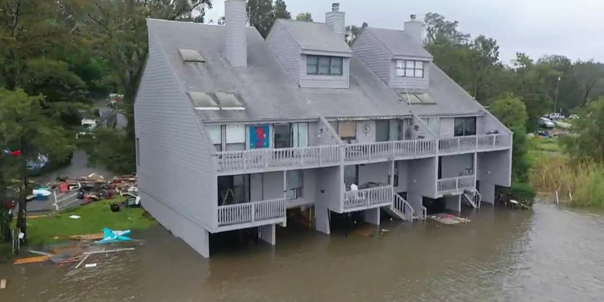 RAW: High tides from Hurricane Sally lead to flooding in Pensacola, Fla.