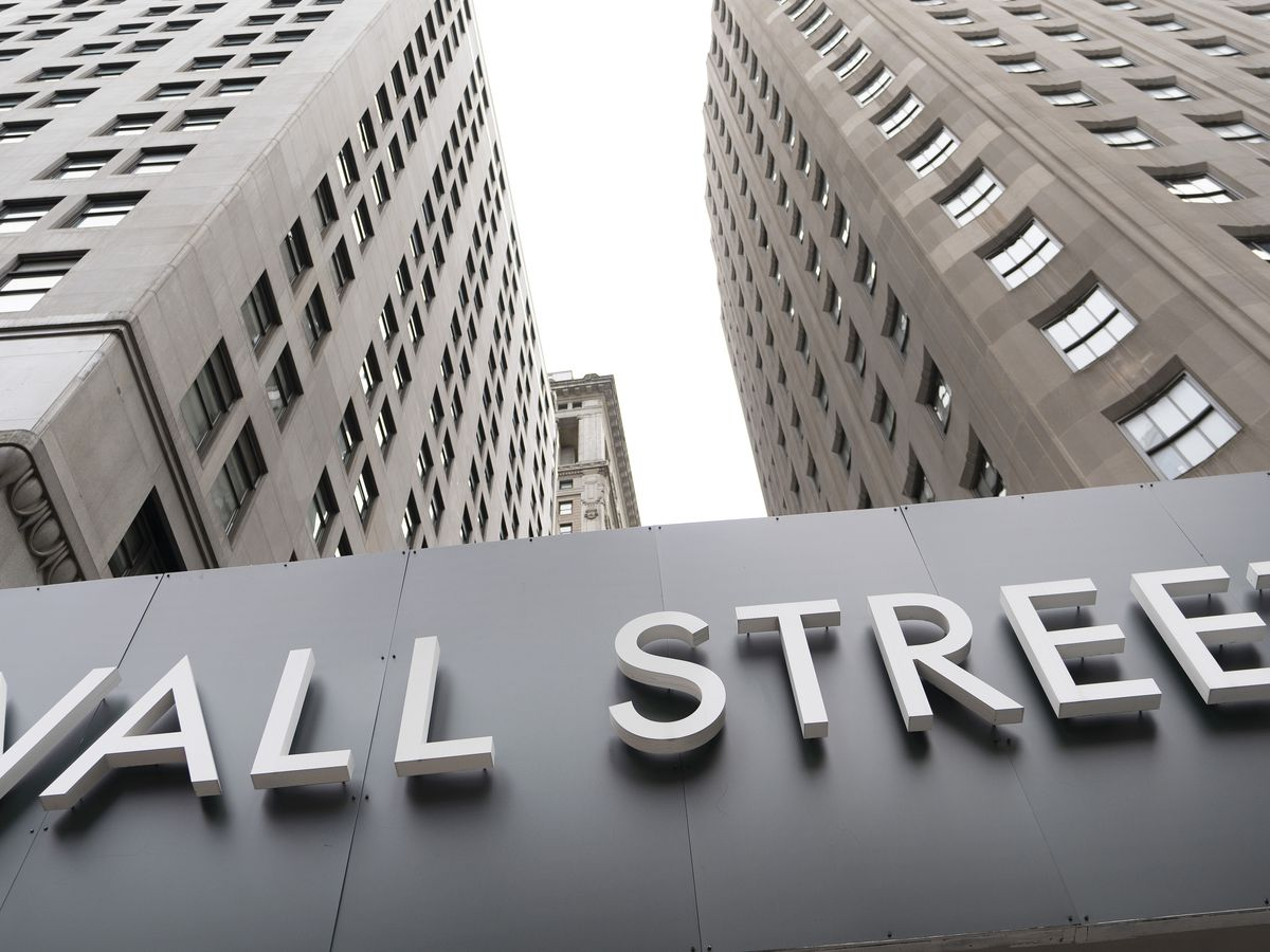 Wall Street falls, S&P 500 down 1.2% as global markets swoon