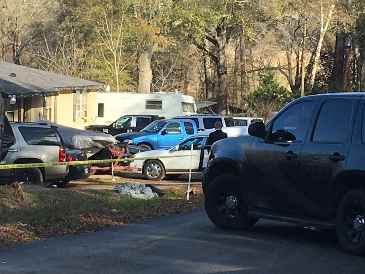 Smith County Sheriff's Office investigating homicide on County Road 382
