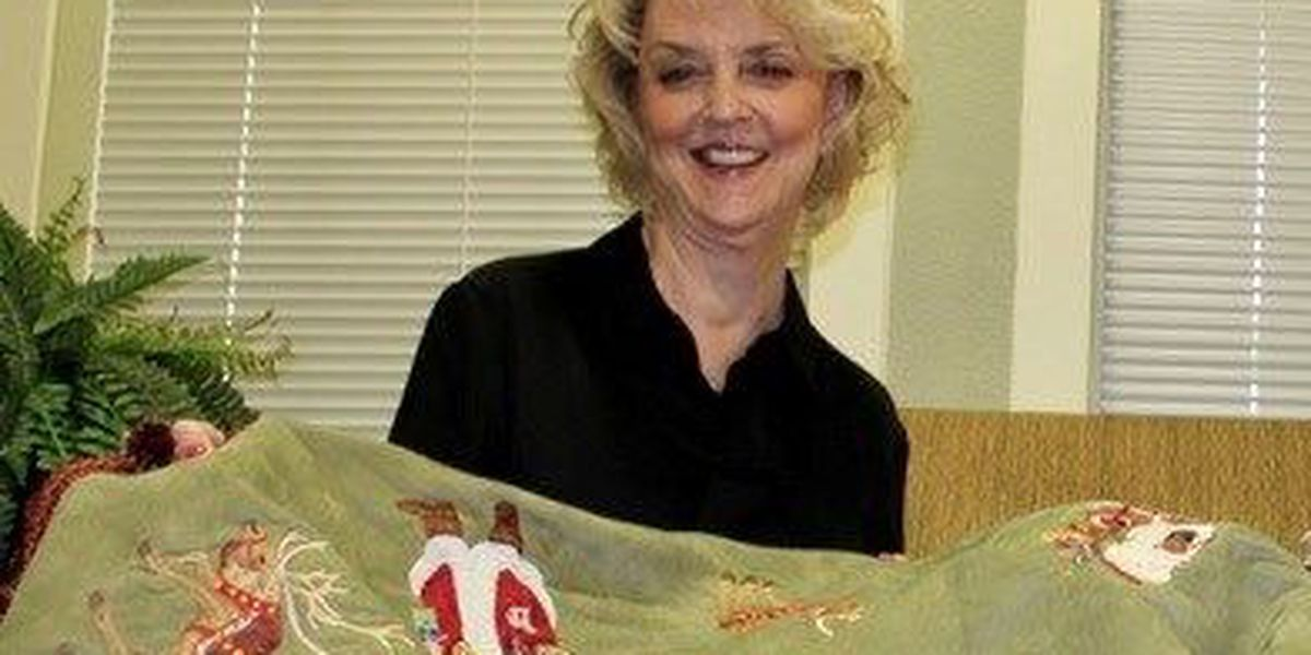 Alzheimer's Alliance volunteer provides handmade prize for fundraiser