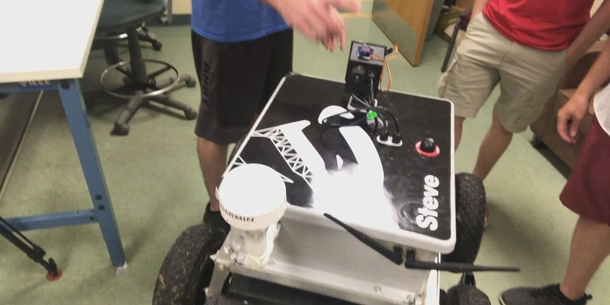 WEBXTRA: LETU students build machine to chase geese from golf courses