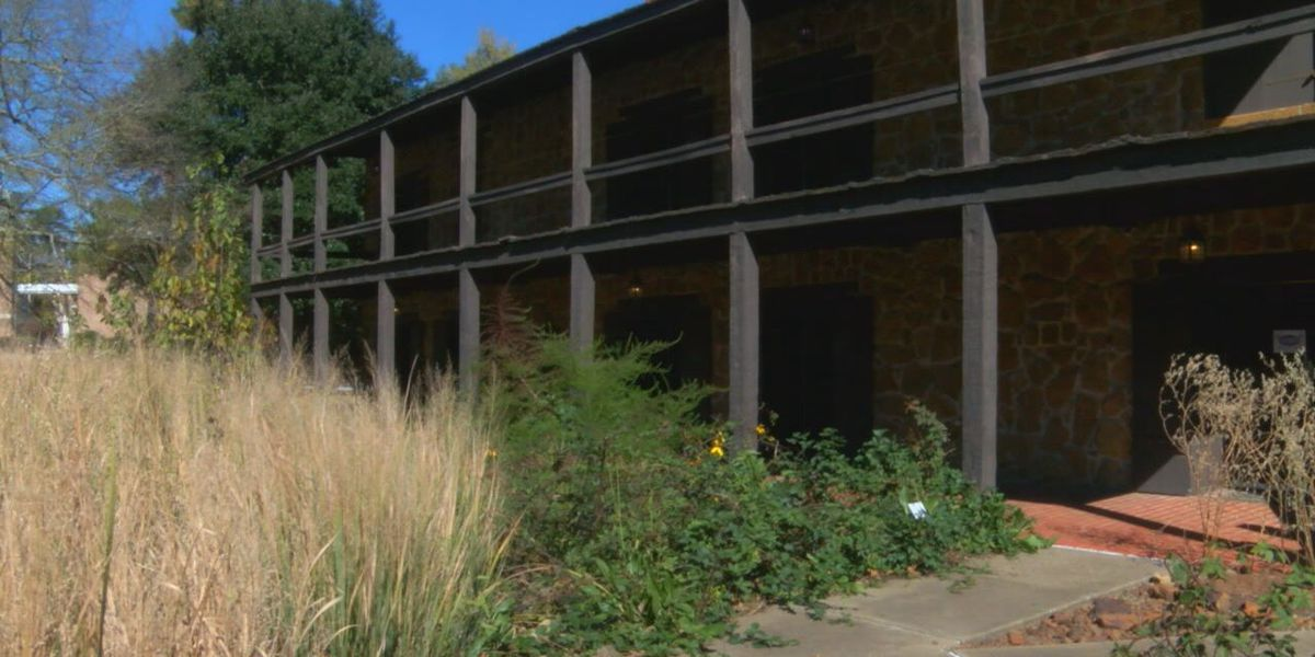 Mark in Texas History: Stone Fort Museum in Nacogdoches