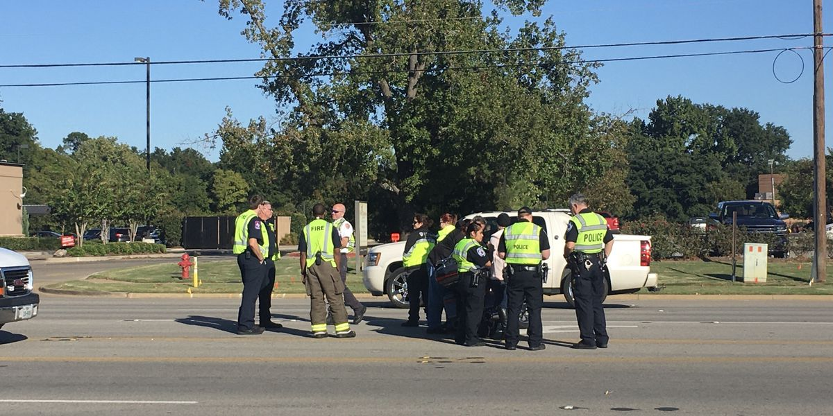 TRAFFIC ALERT: Crews responding to crash on S. Broadway Ave at Shelley Dr.
