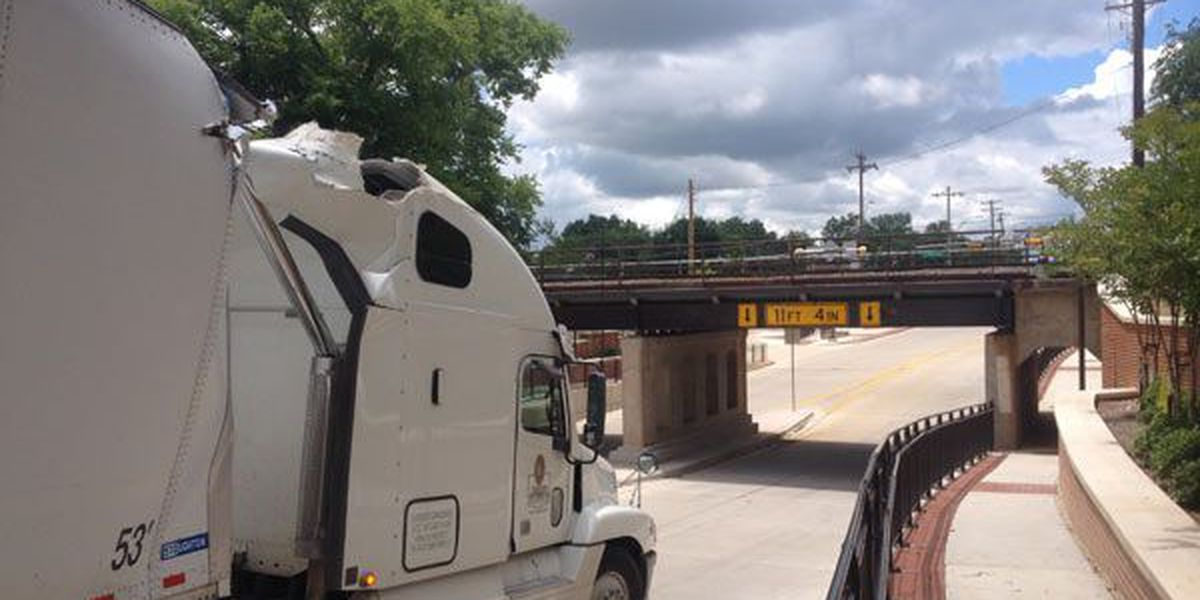 Bridge takes out another 18-wheeler in East Texas