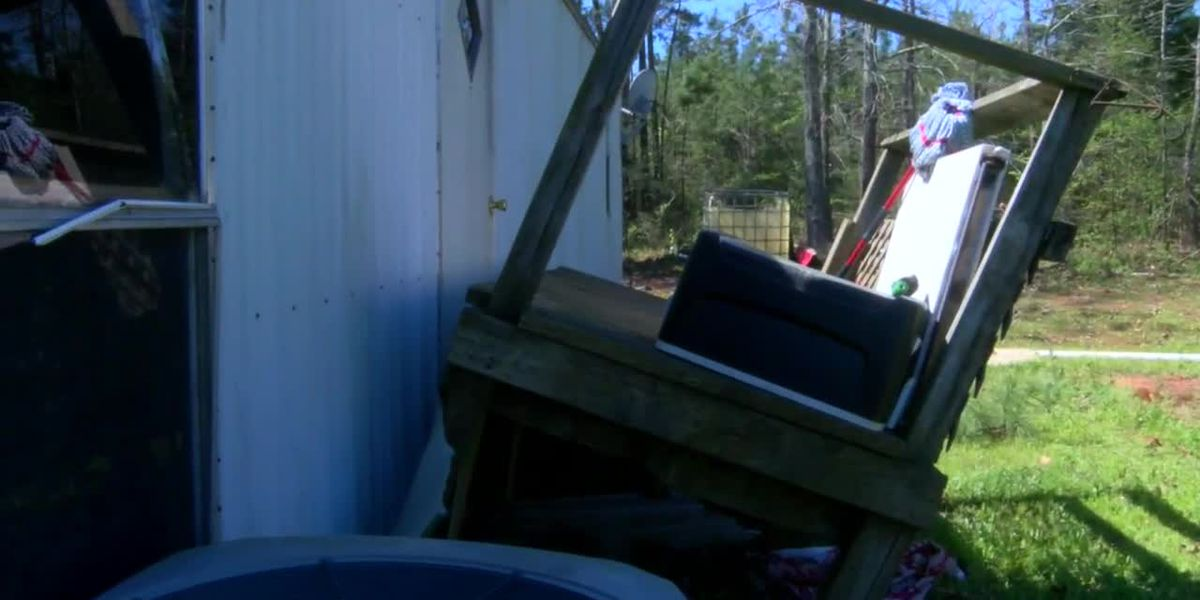 'Out of nowhere:' Cleanup effort underway in Mount Enterprise in wake of storm