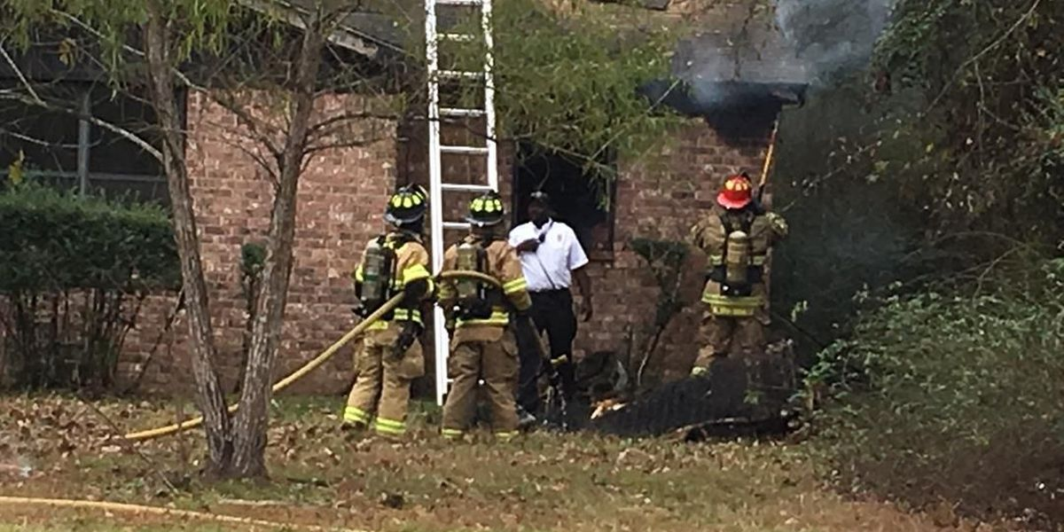 Lindale crews investigating cause of structure fire