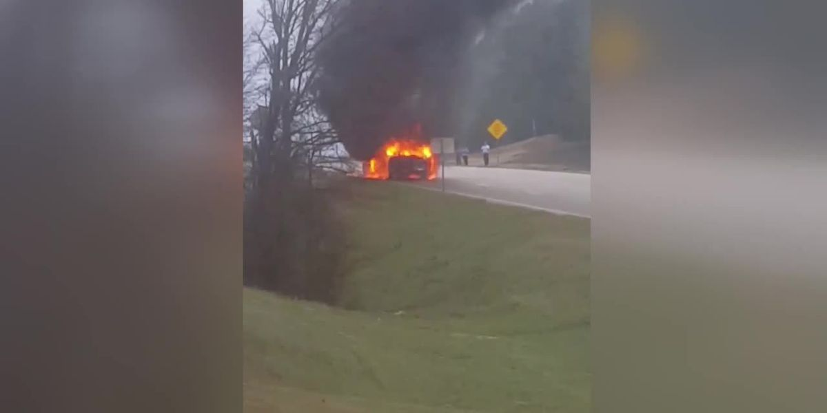 VIDEO: 2 cars catch on fire in Tyler crash