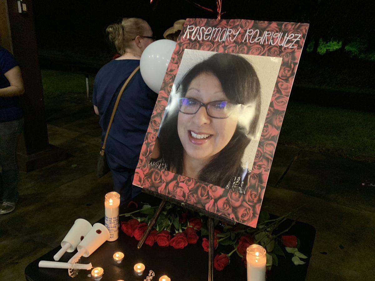 Candlelight vigil held for missing Kilgore woman