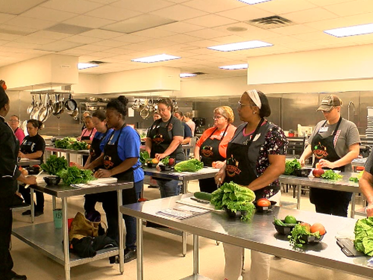 Professional chefs teach Region 7 nutrition personnel skills to make meals healthy, appealing to kids