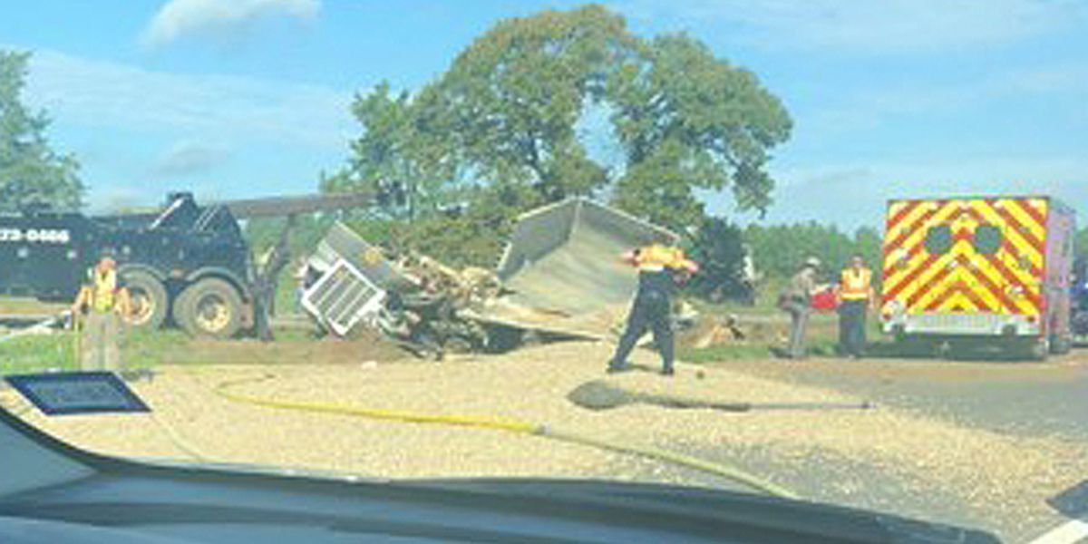 DPS responding to wreck north of Marshall