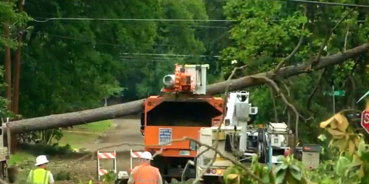 Longview storm recovery still a struggle on day 3