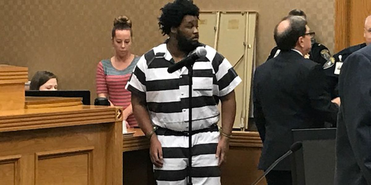 Longview hospital stabbing suspect gets 60 years on top of 2 life sentences