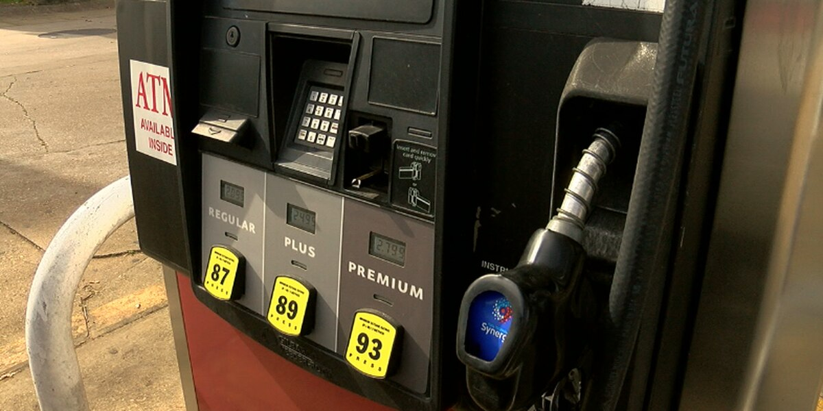 Gas prices begin decrease after holiday travel