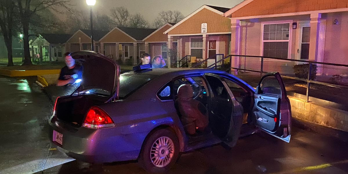 Lufkin man sitting on porch injured as driver pulls car over, shoots at him