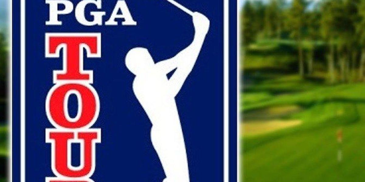 Sports WebXtra: Tiger Woods misses cut