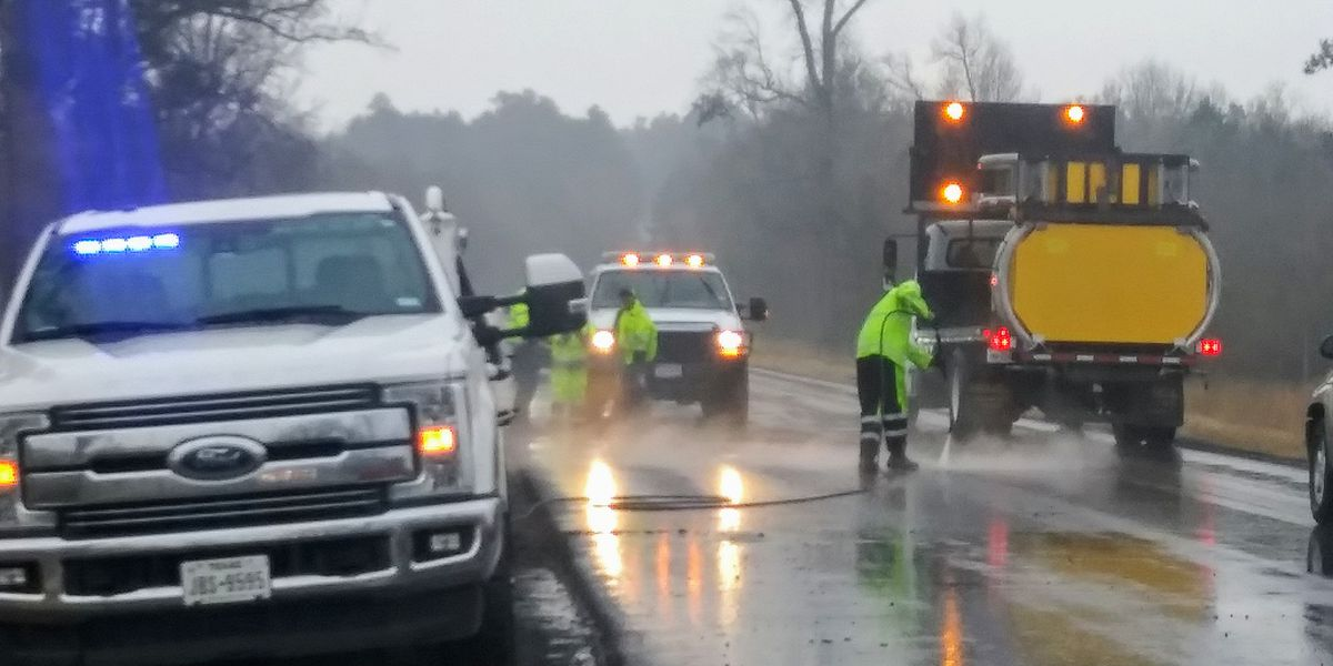 TxDOT crews working hazmat spill in Gladewater