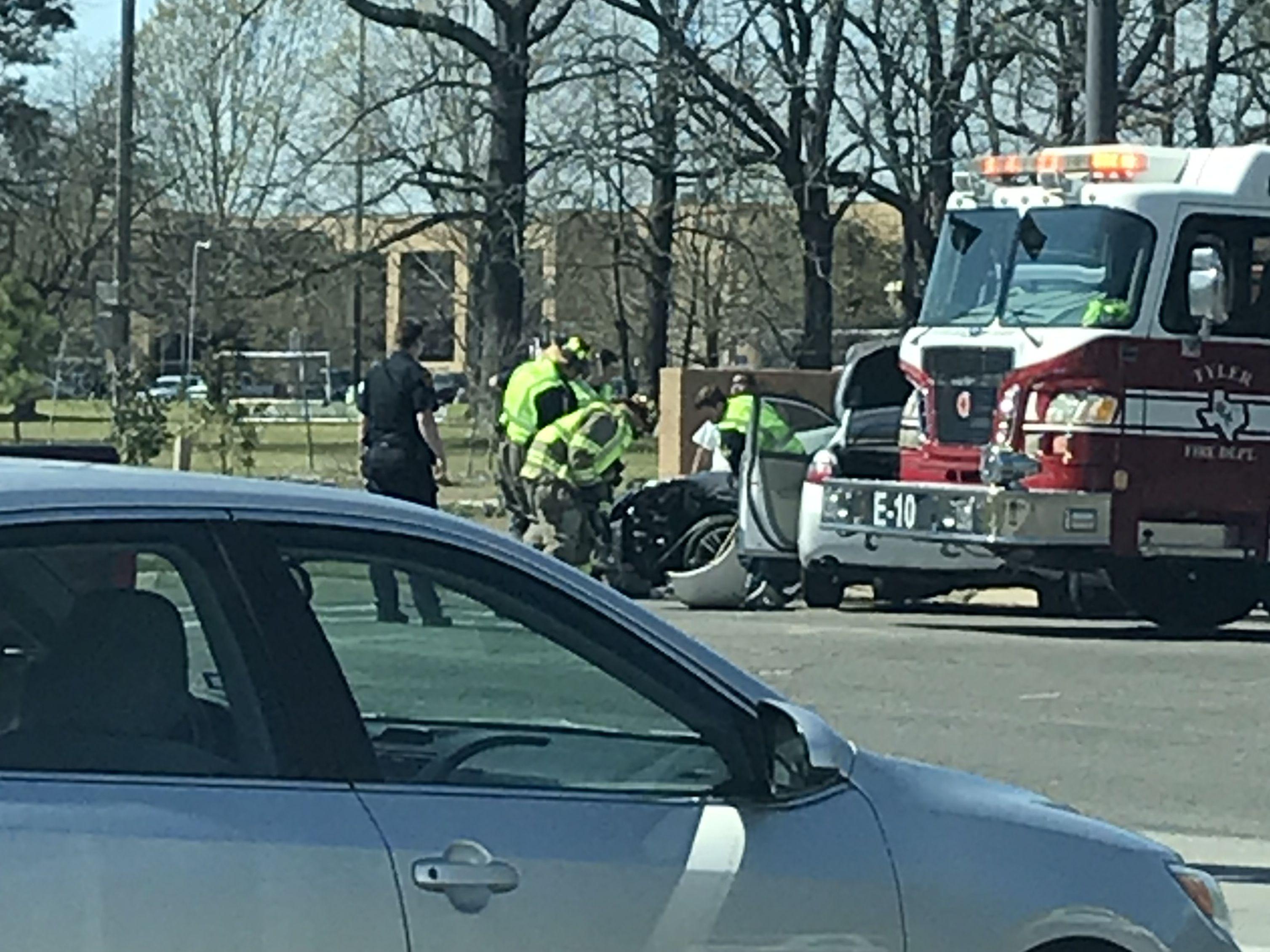 Crews responding to car crash near UT-Tyler