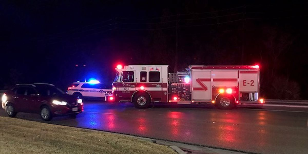 Multi-vehicle crashes congested traffic in front of Chick-Fil-A on S. Broadway, and S. Broadway at Rieck Thursday night