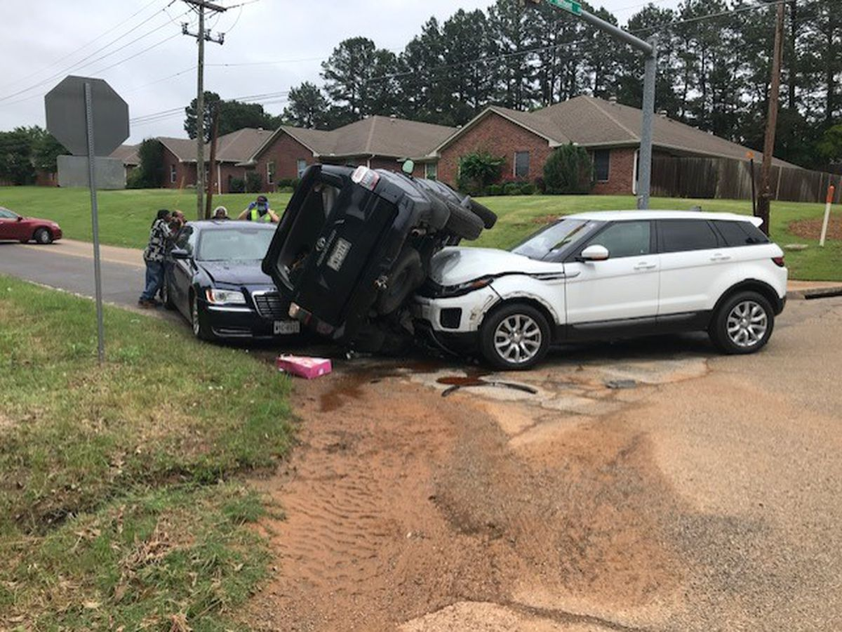 Crash blocking part of intersection at Fairmont and Toler Road in Longview