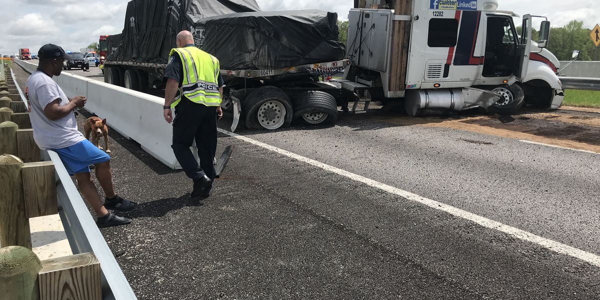 TRAFFIC ALERT: I-20 westbound to be closed for next 1-2 hours following 18-wheeler wreck