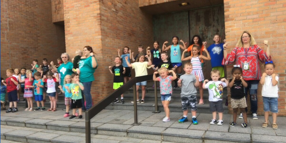 Kids practice ahead of Longview Wee Learn Academy's annual Fourth of July parade