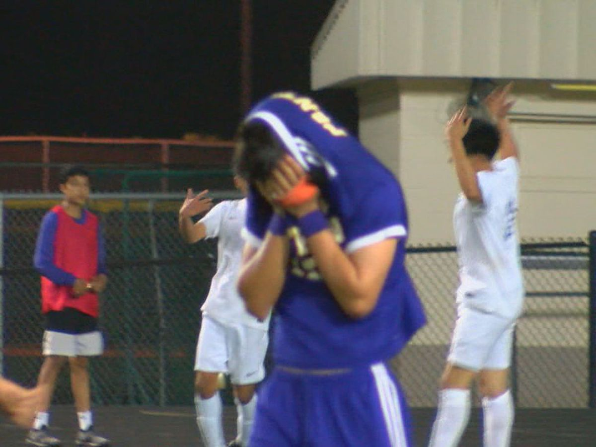 Jacksonville gets late penalty kick to end Lufkin's season, moves on to Regional Semis