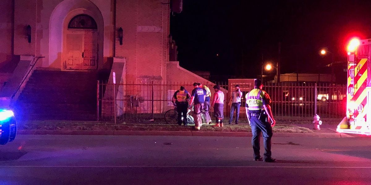 Wreck with car sends bicyclist to hospital in Tyler