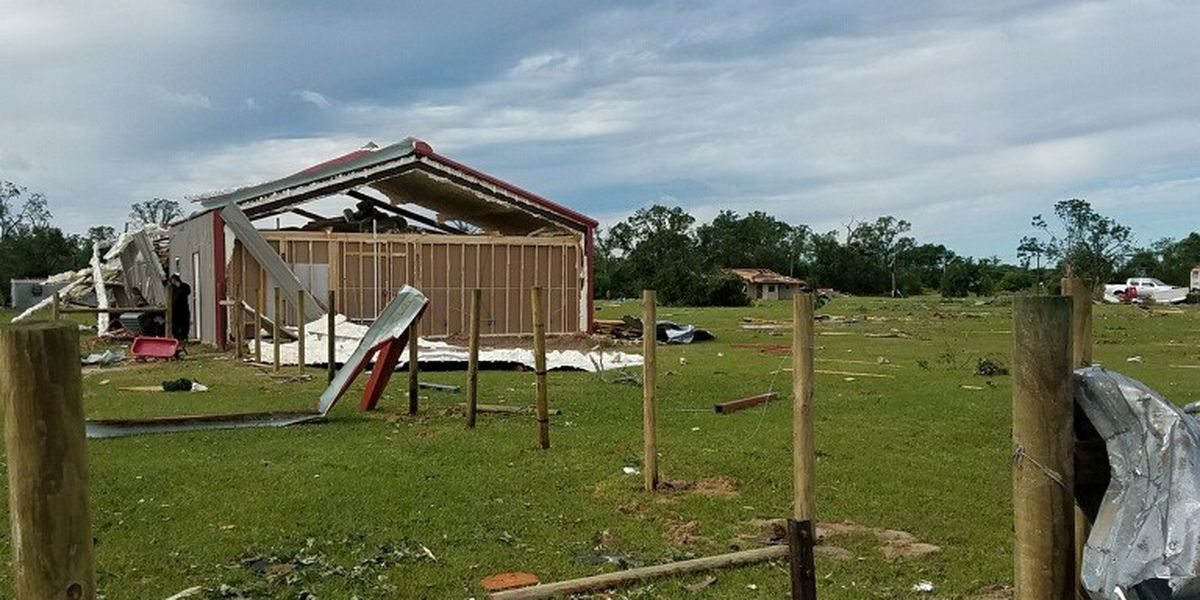 Deputy who lost home in April 2017 tornado celebrates volunteers who built him a new home