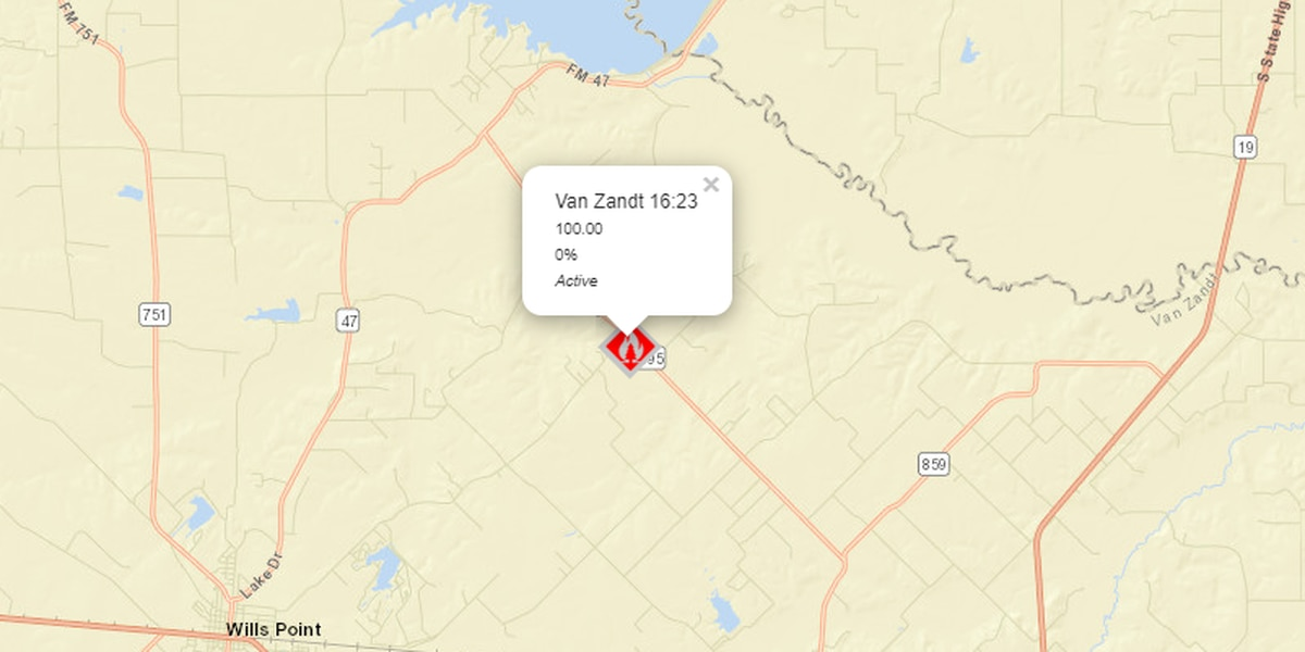 100-acre fire burning in Van Zandt County