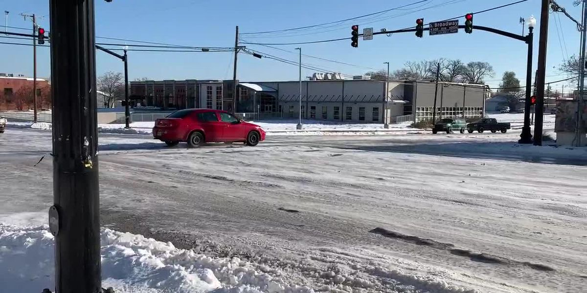 Icy conditions reported on Broadway, Front Streets in Tyler
