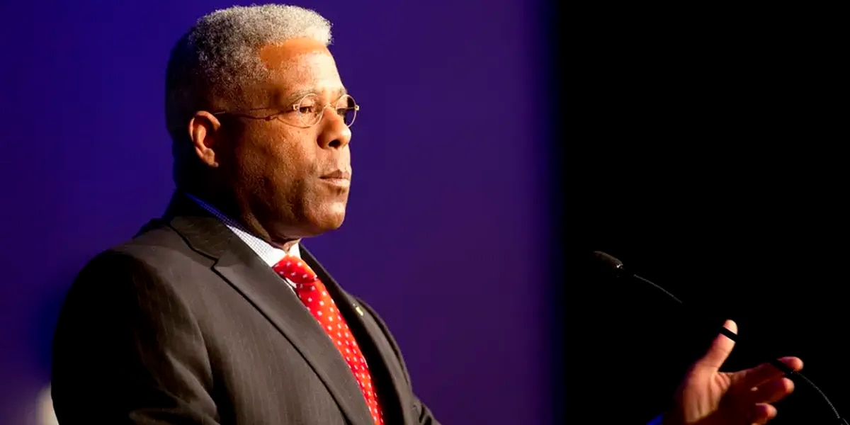 Former Florida congressman Allen West unseats James Dickey to become Texas GOP chairman