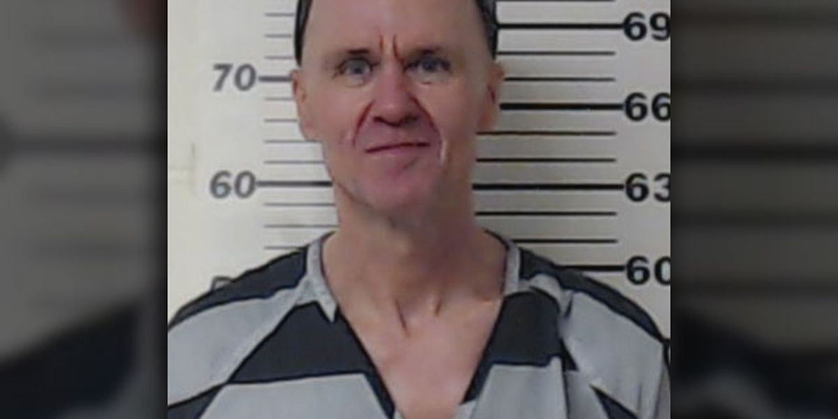 Man convicted in 2008 of killing Henderson County deputies granted stay of execution