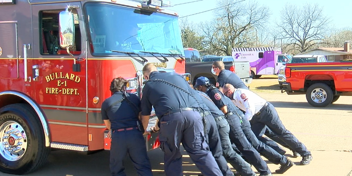 Bullard Volunteer Fire Department holds 'push-in' ceremony for new engine