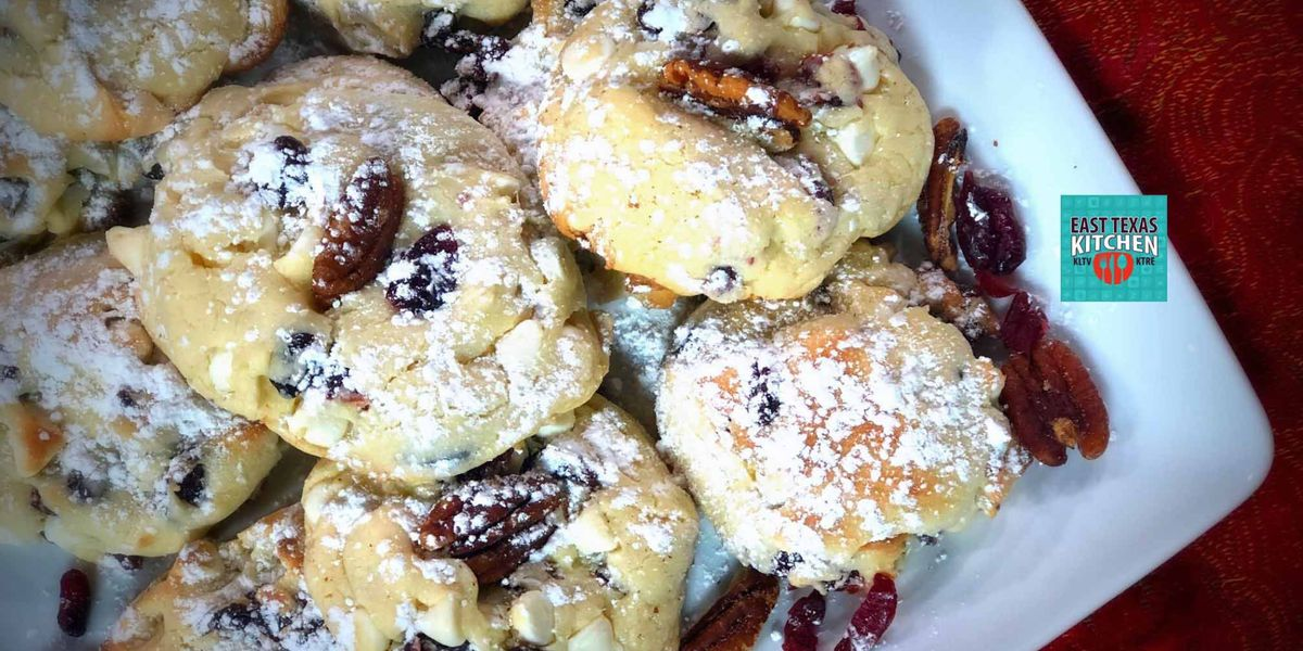 3-ingredient cookies with cranberries, white chocolate and pecans by Mama Steph