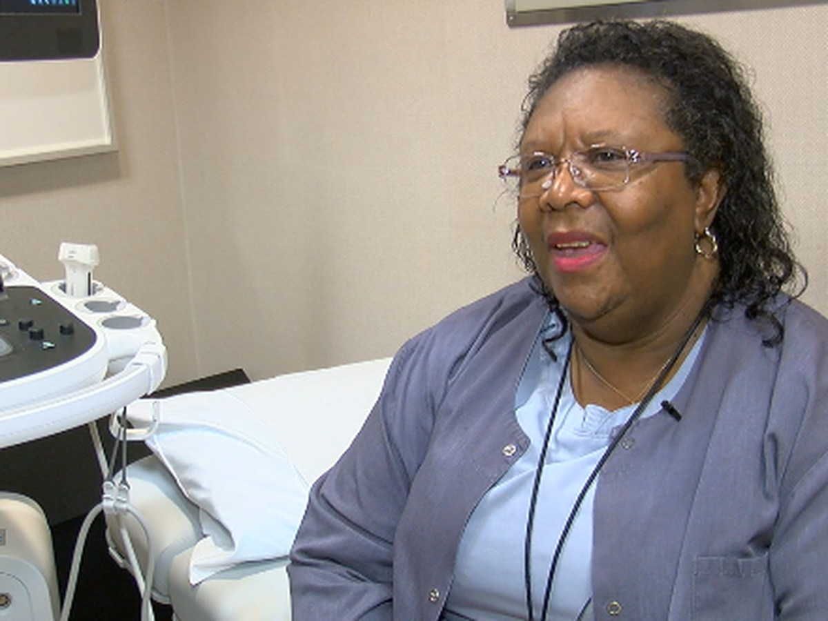 3-year breast cancer survivor shares story about battling cancer