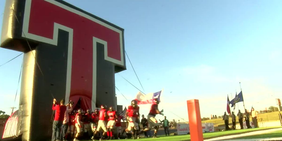 WATCH: Tyler Legacy takes on Arkansas powerhouse