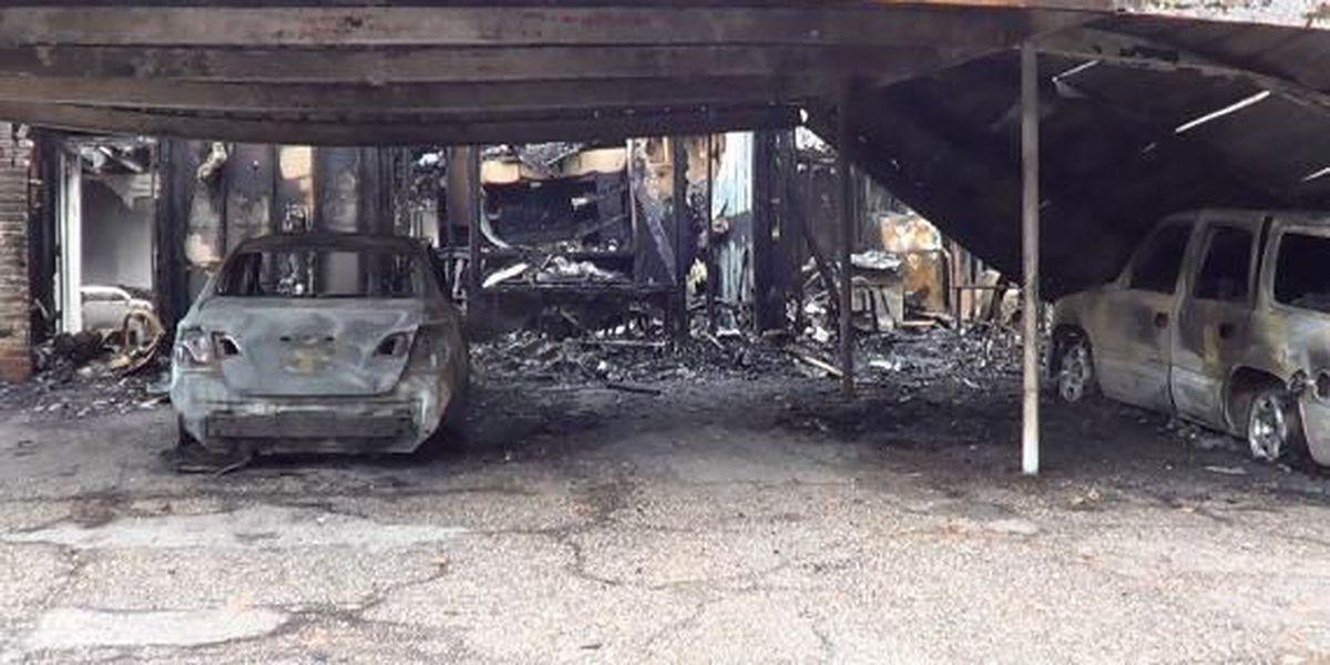 Duplex, 3 vehicles burn in Longview