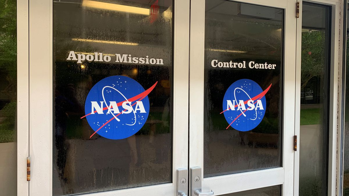 NASA opens newly-renovated $5M Apollo mission control room for tours