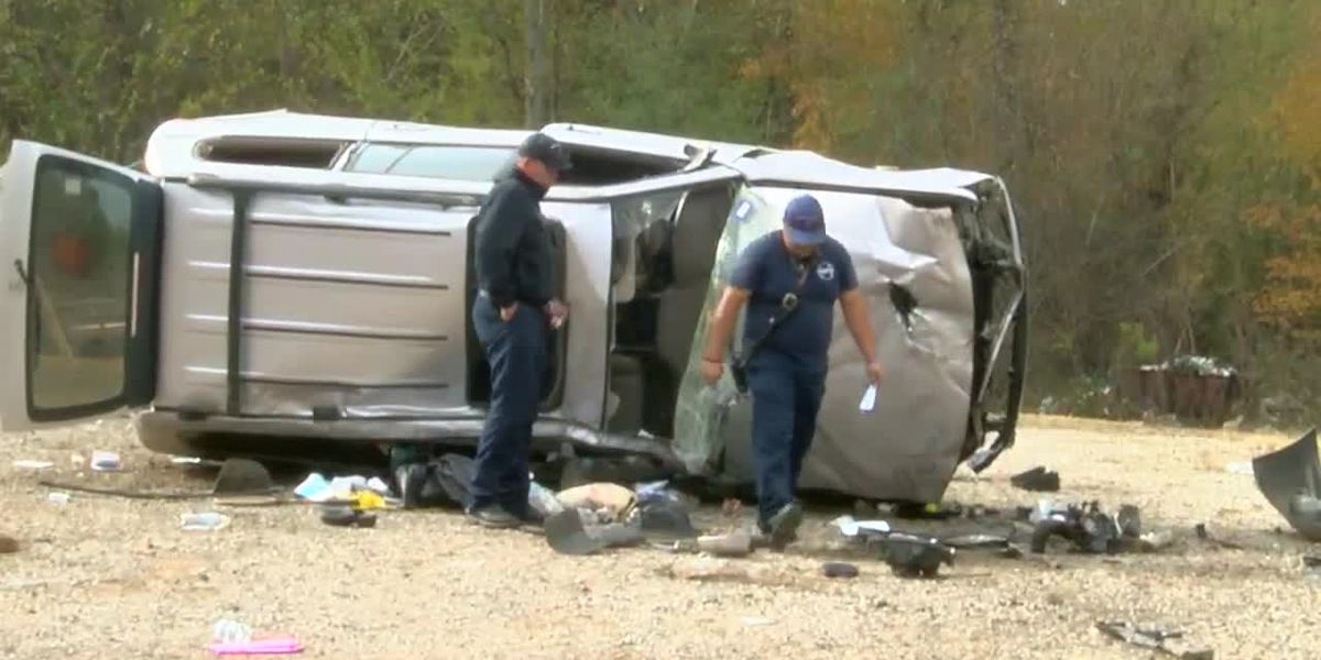 Witness describes finding Hwy 31 rollover crash victim: 'I thought she'd be dead'