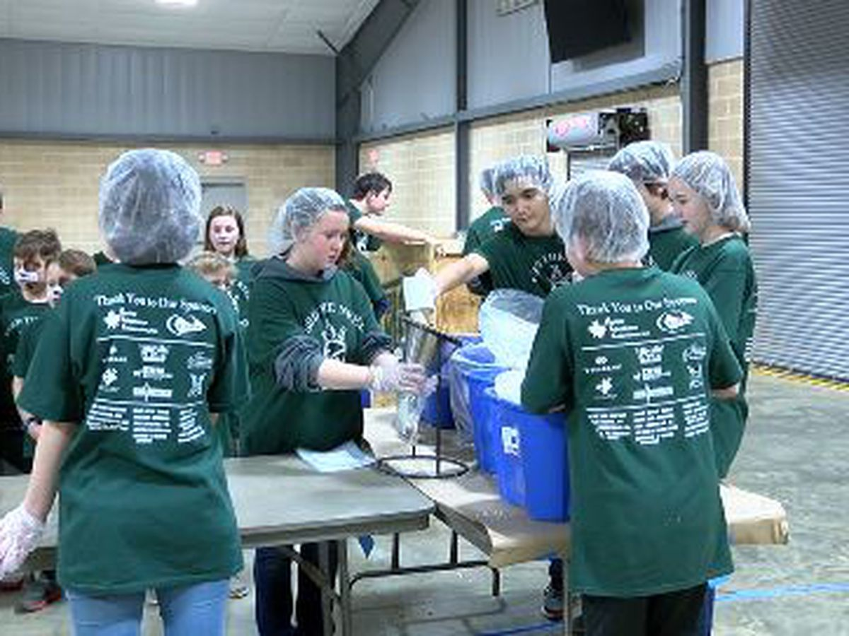 Full Armor Christian Academy students package 10K meals for Bangladesh orphanages