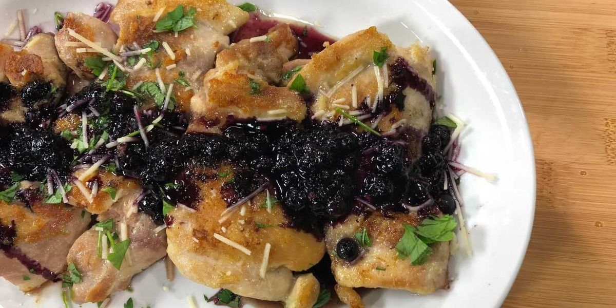 Pan-roasted chicken thighs with spicy blueberry sauce by Mama Steph