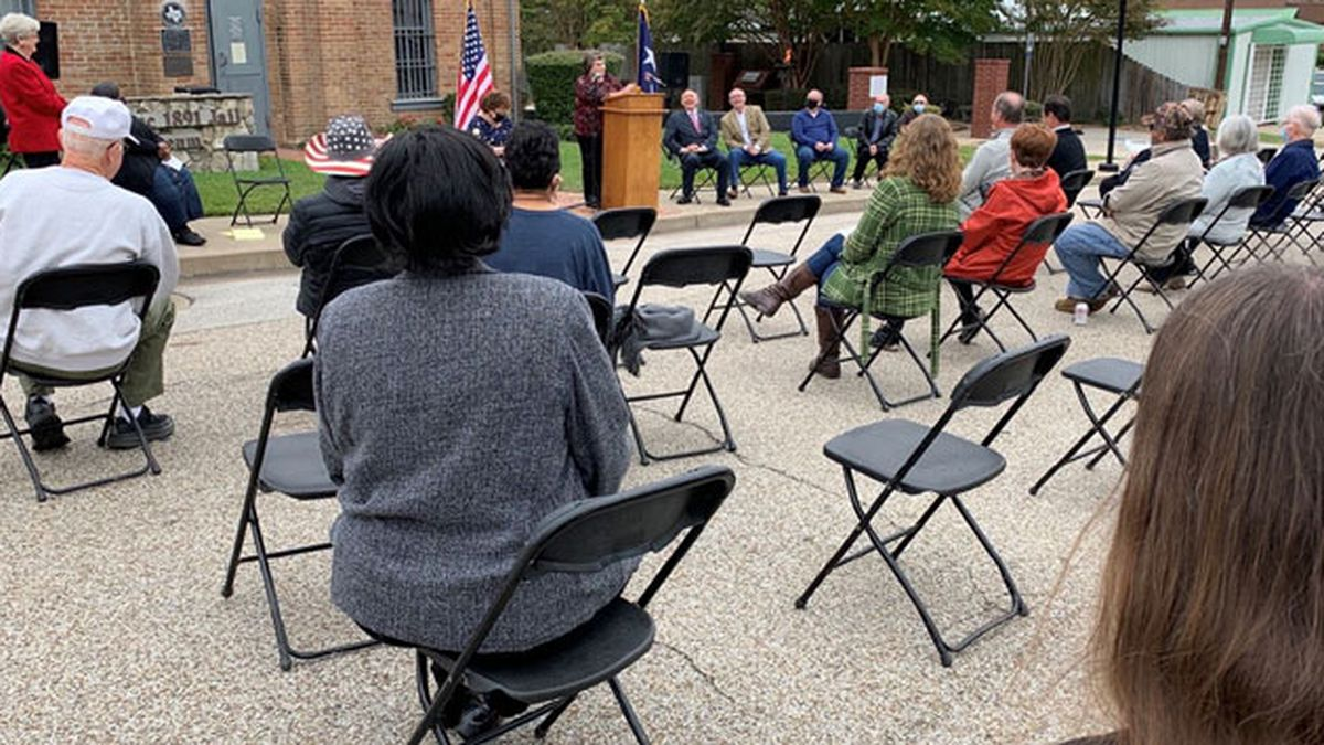 Panola County Historical Commission unveils new landmark medallion at old jail