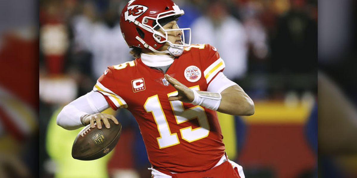 free shipping 53ca5 3ad7f Mahomes shines in NFL Preseason game