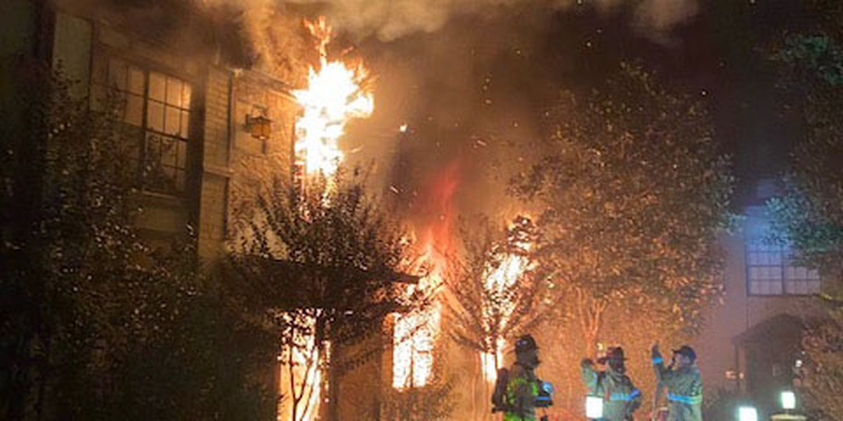 Large apartment fire in Nacogdoches displaces many residents