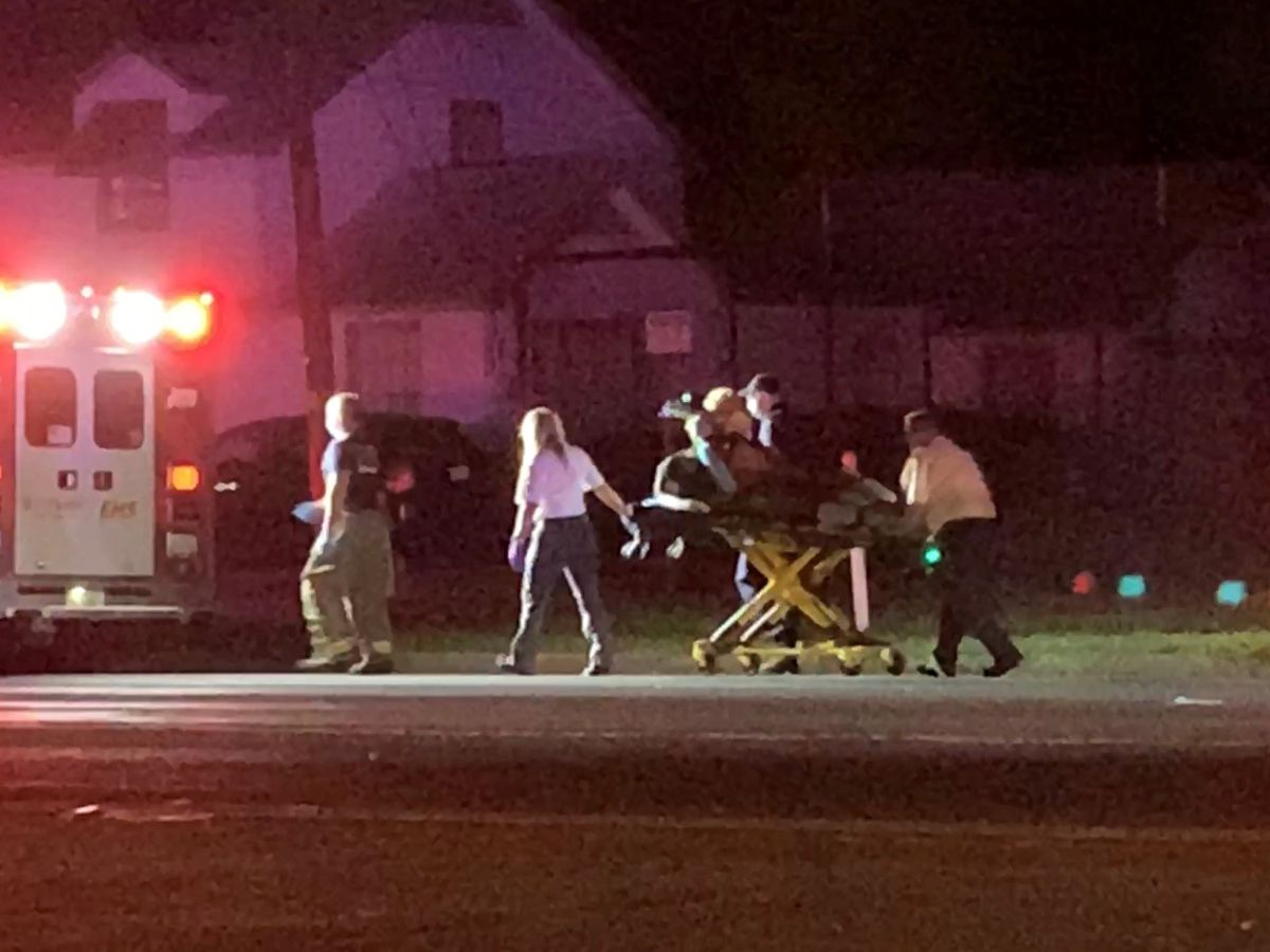 Woman injured after reported pedestrian crash in Tyler