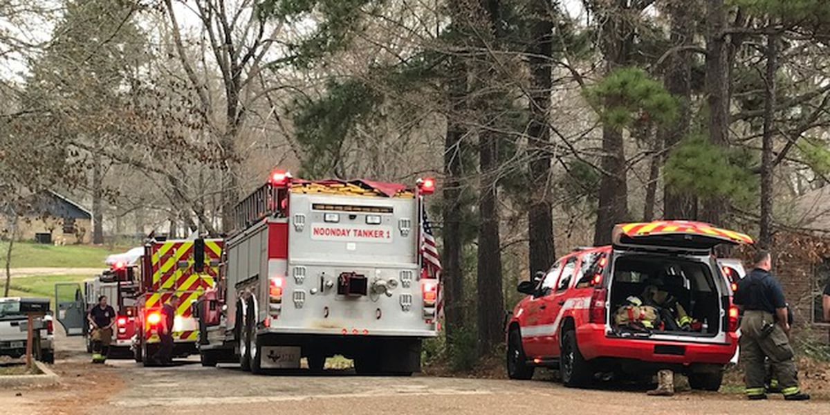 Crews responding to structure fire in Smith County