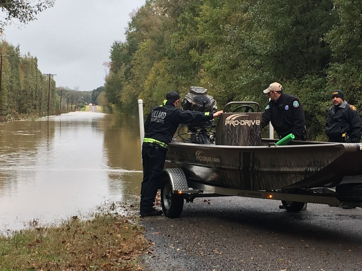 Smith County crews rescue elderly woman as high waters threaten home
