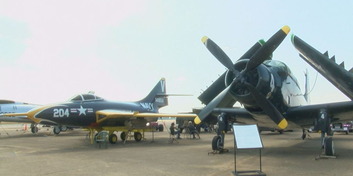 Aviation Museum hosts fly/Drive in event with WWII planes